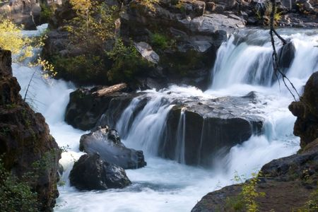 The Rogue River in the southwestern part of the U.S. state of Oregon flows from the Cascade Range to the Pacific Ocean.