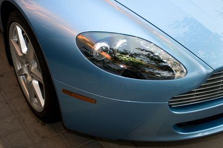Aston Martina Vantage - James Bond vehicle