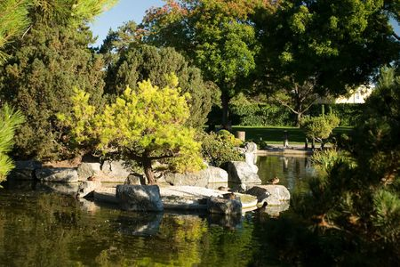 The Japanese Friendship Garden is a walled section of Kelley Park in San Jose, California, USA. Dedicated in October 1965, it is patterned after Japan's famous Korakuen Garden in Okayama 스톡 콘텐츠