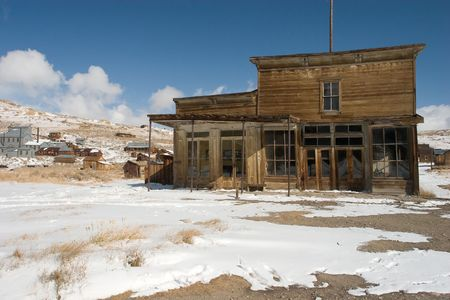 sierra nevada mountain range: Bodie, a ghost town on the eastern slope of the Sierra Nevada mountain range in Mono County, California
