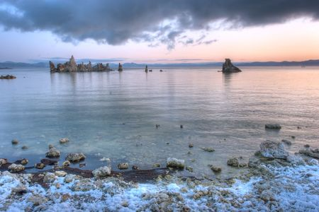 Mono Lake is an alkaline and hypersaline lake in California Stok Fotoğraf - 3921478