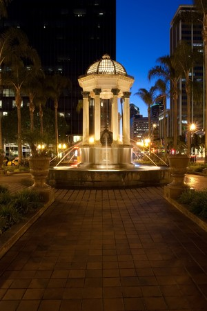 chose: The Gaslamp Quarter is a 16 12 block historical neighborhood in downtown San Diego, California. Its main period of development began in 1867, when Alonzo Horton bought the land in hopes of creating a new city center closer to the bay, and chose 5th Avenu Stock Photo