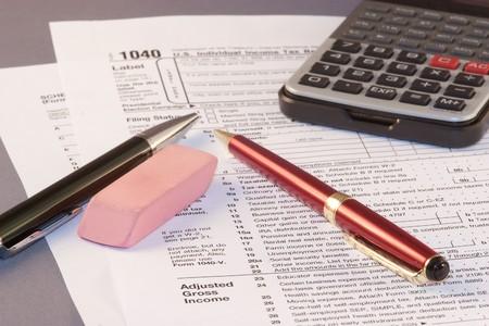 federal tax return: Filling federal individual tax return forms