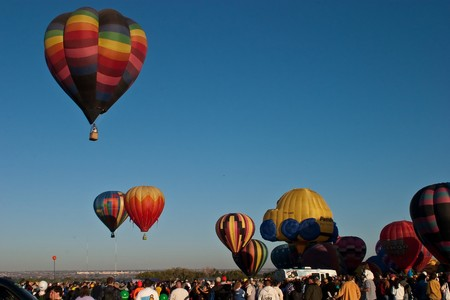 Albuquerque International Ballon Fiesta is een jaarlijkse ballon fiesta dat in Albuquerque, New Mexico, USA tijdens begin oktober plaatsvindt. De ballon fiesta is een negen dagen durende evenement, en heeft ongeveer 750 ballonnen. Het evenement is de grootste ballon fiesta in de  Stockfoto