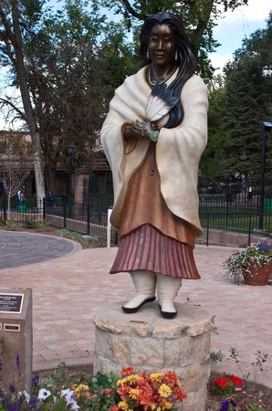 Santa Fe (Navajo: Yoot�) is the capital of the state of New Mexico. It is the fourth-largest city in the state and is the seat of Santa Fe County. photo