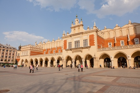 polska monument: Renaissance Sukiennice (Cloth Hall, Drapers Hall) in Kraków, Poland, is one of the citys most recognizable icons. Stock Photo