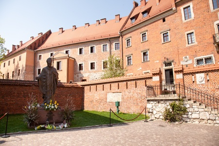 Pope John Paul II Statue at Wawel, Cracow, Poland. Stock Photo - 10424641
