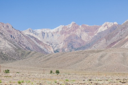 owens valley: Owens Valley is the arid valley of the Owens River in eastern California in the United States, to the east of the Sierra Nevada and west of the White Mountains and Inyo Mountains on the west edge of the Great Basin section.