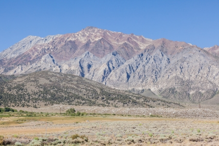 high sierra: Owens Valley is the arid valley of the Owens River in eastern California in the United States, to the east of the Sierra Nevada and west of the White Mountains and Inyo Mountains on the west edge of the Great Basin section.