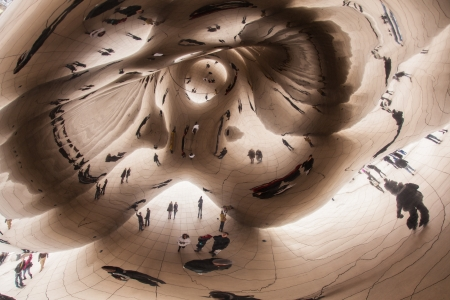 Cloud Gate, a public sculpture  in Millennium Park within the Loop community area of Chicago, Illinois, United States. 新聞圖片