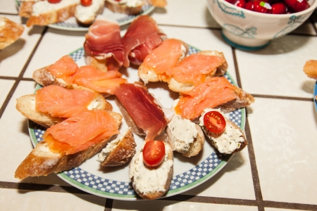 roquette: The crunchy Crostini combine with the smoky salmon, salty capers and fresh dill to make these beautiful appetizers a party favorite.