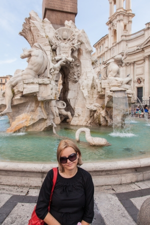 commissioned: Fontana del Pantheon was commissioned by Pope Gregory XIII and is located in the Piazza della Rotonda, Rome, in front of the Roman Pantheon.