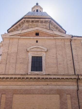 ピアッツァ ・ デッラ ・ マドンナ ・ デイ ・ モンティは、チャーチ オブ サンタ マリア デイ モンティ、マドンナ ・ デイ ・ モンティとして知られ 写真素材