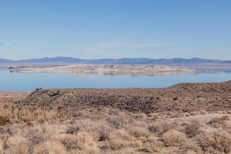 Mono Basin National Scenic Area is a protected area in Eastern California that surrounds Mono Lake and the northern half of the Mono Craters volcanic field. Stock fotó