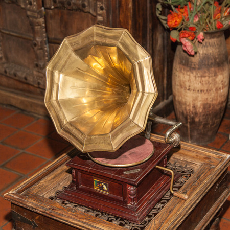 78 rpm: Gramophone referred to any sound reproducing machine using 78 rpm gramophone records