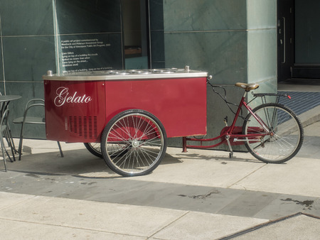 Tricycle cart with fridge for gelato with 6 flavors.