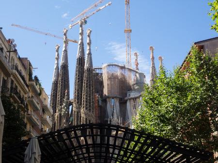 lia: Basílica i Temple Expiatori de la Sagrada Família is a large Roman Catholic church in Barcelona, Spain, designed by Catalan architect Antoni Gaudí Stock Photo