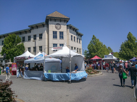 carte: MOUNTAIN VIEW, CA - MAY 2-3: 19th Annual A La Carte & Art Festival on May 2-3, 2015 in Mountain View.