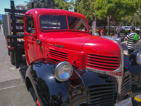 MOUNTAIN VIEW, CA - MAY 2-3: 19th Annual A La Carte & Art Festival on May 2-3, 2015 in Mountain View.