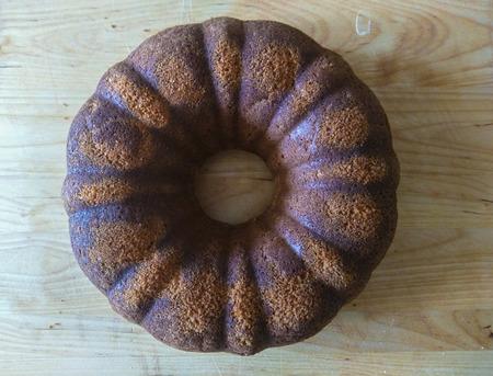 Babka는 동유럽에서 주로 만들어진 스폰지 같은 brioche 같은 케이크입니다. 전통적으로 부활절 일요일에 구운 것입니다. 스톡 콘텐츠