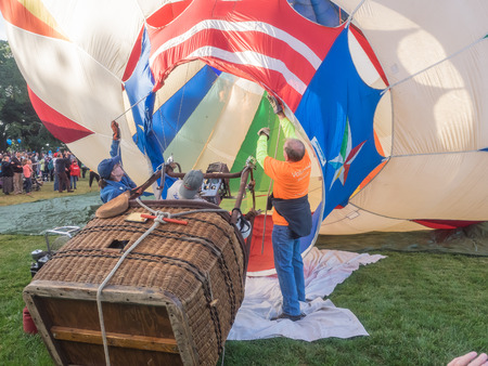 sonoma: WINDSOR, CAUSA - June 20, 2015: 25th Annual Sonoma County Hot Air Balloon Classic is a yearly event where you can experience balloons up close, watch them launch, and even take tethered rides.