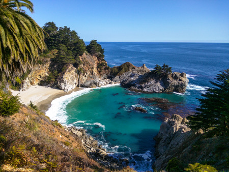 julia pfeiffer burns: McWay Falls is an 80-foot waterfall located in Julia Pfeiffer Burns State Park that flows year-round. Stock Photo