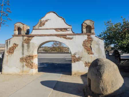 san miguel arcangel: Misi�n de San Miguel Arc�ngel es una misi�n espa�ola en San Miguel, San Luis Obispo County, California. Foto de archivo