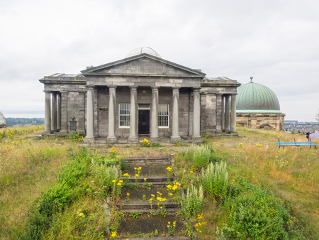 City Observatory is an astronomical observatory on Calton Hill in Edinburgh, Scotland. Banco de Imagens