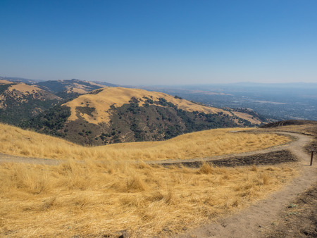Sierra Vista Open Space Preserve is comprised of 1,676 acres of majestic oak woodlands, rolling grasslands and chaparral communities.