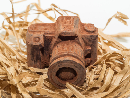 Edible chocolate camera is the perfect gift for any photography enthusiasts.