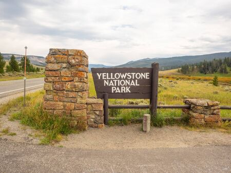 Yellowstone National Park is a nearly 3,500-sq.-mile wilderness recreation area atop a volcanic hot spot. Mostly in Wyoming, the park spreads into parts of Montana and Idaho too. Yellowstone features dramatic canyons, alpine rivers, lush forests, hot springs and gushing geysers, including its most famous, Old Faithful.
