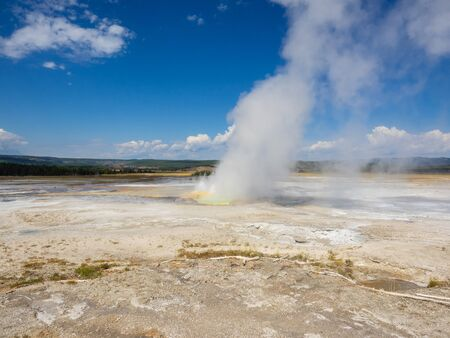 Fountain Paint Pot is a mud pot located in Lower Geyser Basin in Yellowstone National Park. Banque d'images - 132276708