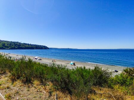 Richmond Beach Saltwater Park is beachfront park featuring walking trails, picnic shelters & a playground with Puget Sound views. Stockfoto