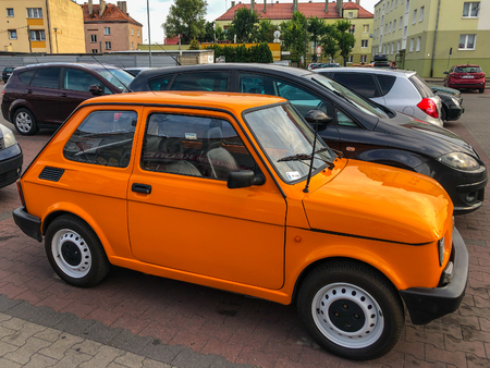 Fiat 126 (Type 126) is a rear-engined, small economy or city car introduced in October 1972 at the Turin Auto Show as a replacement for the Fiat 500. The majority of 126s were produced in Bielsko-BiaÅ'a, Poland, as the Polski Fiat 126p Sajtókép
