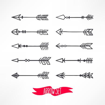 flecha: Conjunto lindo con las flechas en un fondo. ilustración de mano
