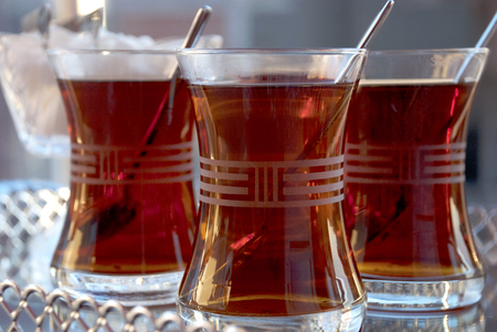 Tea served in Turkish style. Standard-Bild