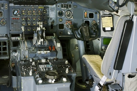 altimeter: aircraft cabin command