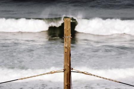 mare agitato: pole tensione e ruvida potenza pressione mare e tensione Archivio Fotografico