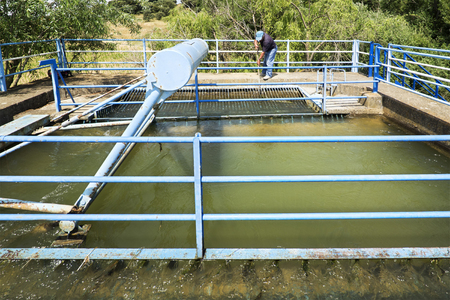 irrigate: dams and canals for crops irrigate in the Castilla fields, Espa�a Stock Photo