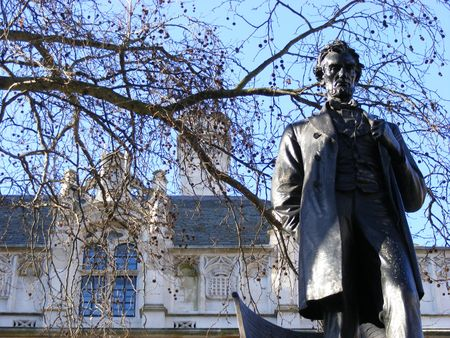 Lincoln statue London