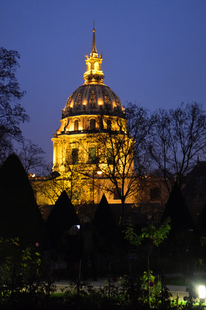 Dome of Les Invalides by night