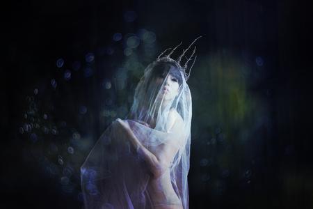 Girl in veil 免版税图像