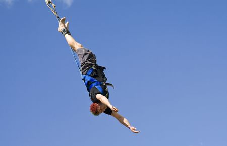 puenting: Bungee jumping  Foto de archivo