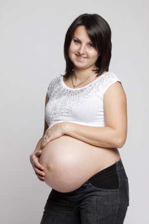 Beautiful pregnant woman Stock Photo - 16968210