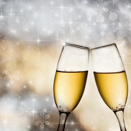 Bokeh Hintergrund mit Champagnergläsern Standard-Bild - 16989345