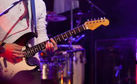 Guitarist on stage Banque d'images