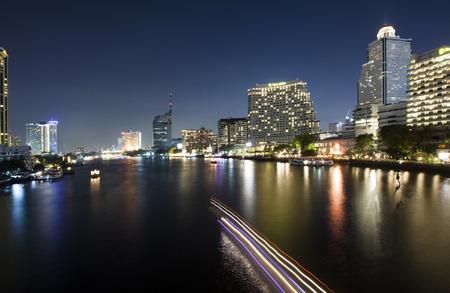 chao phraya river: Chao Phraya River night scene in Bangkok, Thailand