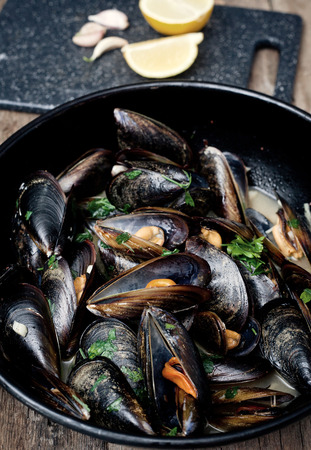 appetiser: Mussels cooked with white wine sauce