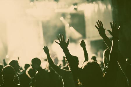 menschenmenge: Masse am Konzert - Retro-Stil Foto