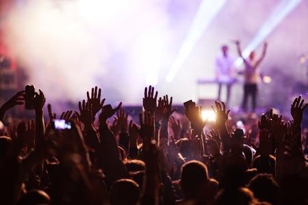 concierto de rock: Multitud en el concierto Foto de archivo